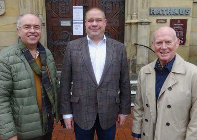 Dr. Burkhard Budde mit Wittich Schobert und Manfred Gruner
